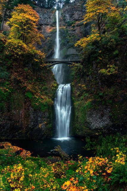 Multnomah Falls, Columbia River gorge, waterfall